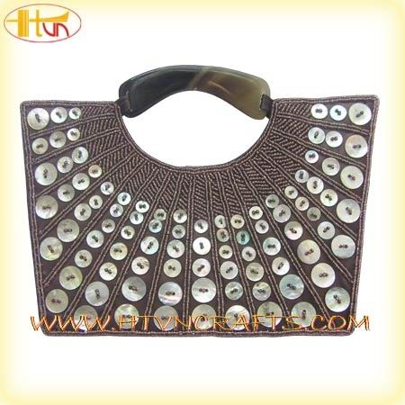 ButtonArtMuseum.com - Buttons bag, would look great around the neck of a sweater