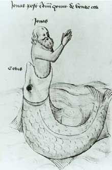 A imagem, em preto e branco, é um desenho de um peixe abocanhando um homem até a altura da cintura. O peixe está na água e é bem maior do que o homem. O corpo do animal está curvado em meia lua, com a cabeça voltada para cima. Ele tem escamas por todo o corpo, exceto na cabeça. O homem tem barba e cabelos compridos e está com os braços erguidos à frente do rosto. Há palavras escritas no topo da tela acima do homem, e ao lado do peixe.