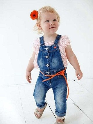 Babyface jumpsuit, do you want how will look like your baby then see http://mybabyface.info