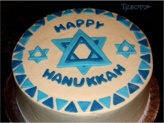 Hanukkah cake by tesorocookies, via Flickr