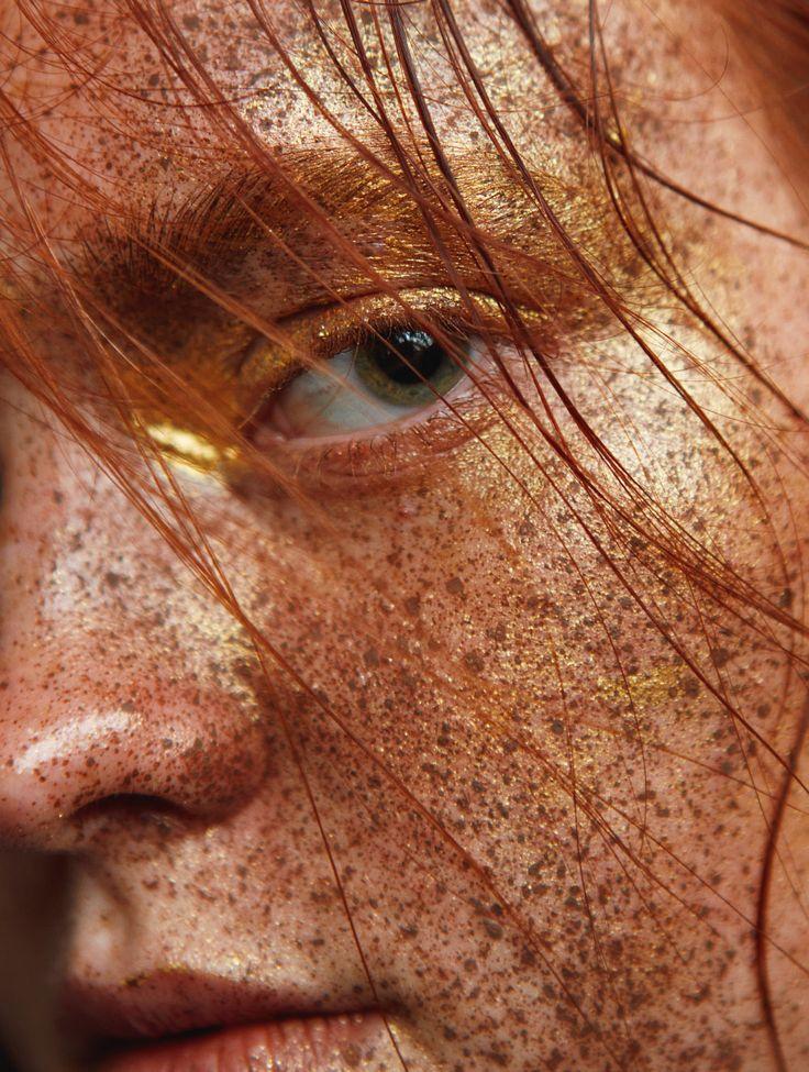 model: stacy koren (option) photographer: firat kocak stylist: irem akalin hair: tayfun kaydok make-up: ufuk celep