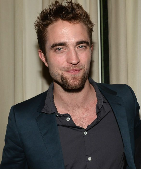 Robert Pattinson night out on the town! | Celebrity News Latest GossipCelebrity News Latest Gossip