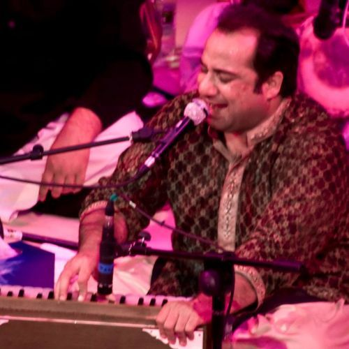 "☜♥☞ º°""˜`""°º☜█ ( Rahat Nusrat Fateh Ali Khan) █☞ º°""˜`""°☜♥☞  Rahat Fateh Ali Khan (born 1974) is a Pakistani musician, and primarily a singer of Qawwali, a devotional music of the Sufis. He is the n"