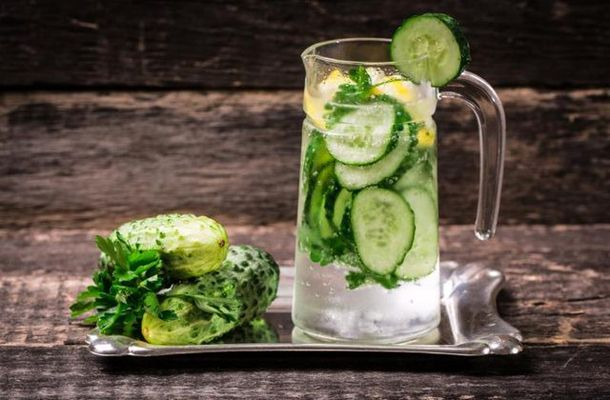 Több mint 10 kiló a túlsúlyod? Ezt az italt idd minden reggel, és olvadnak majd a kilók | femina.hu
