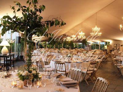 Vista general de la decoración de la cena. Weddings in Spain. www.eljardindemam... Facebook: www.facebook.com/... Blog: eljardindemamaana