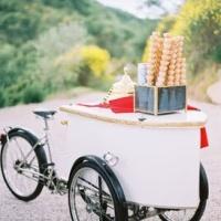 Dessert on wheels.