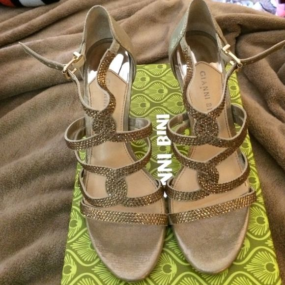 Gianni Bini gold sandal heel Worn one time for a wedding! Great condition with box. Gianni Bini Shoes
