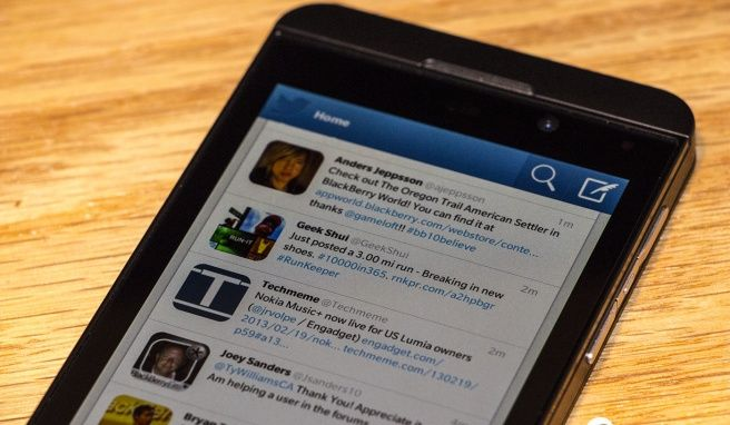 Twitter v10.2 per BlackBerry 10 disponibile su BlackBerry World