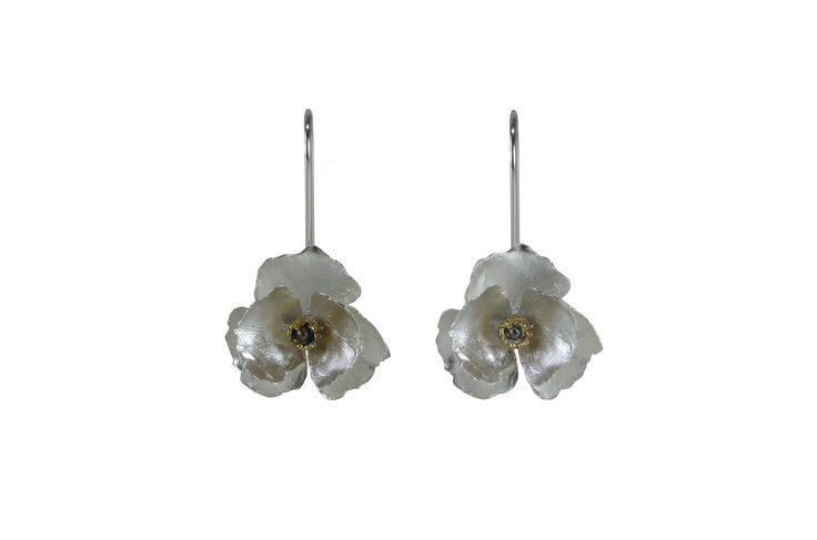 Floral Wedding Jewelry  http://susanateixeira.pt/product/floral-wedding-jewelry/