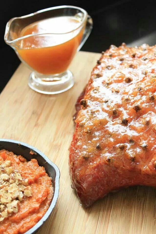 Jamon Glaseado con salsa de Albaricoque