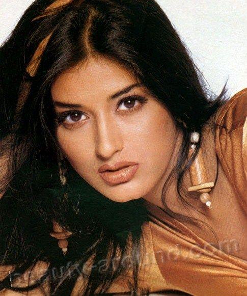 Sonali Bendre Indian model photo