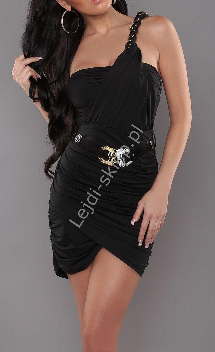 Czarna sukienka z kopertowymi zakładkami na jedno ramię | sukienka w greckim stylu