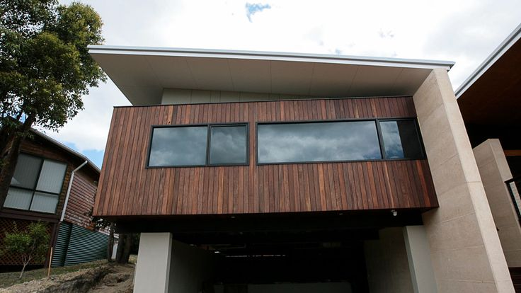 Country Style Holiday Home, Spotted Gum Cladding, Rammed Earth, Architecture