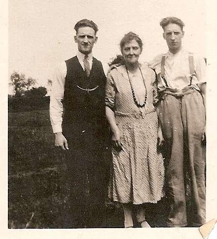 Bill, Ellen and Charlie Waller. (I think.)