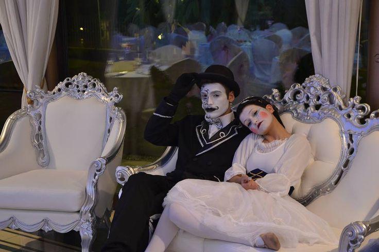 """""""Andrè & Minù"""" Accoglienza invitati e sposi + spettacolo."""