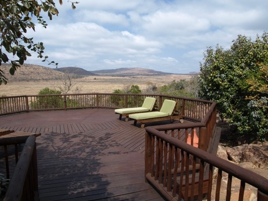 Welgevonden 17m 800ha, outside, with traverse rights - have access to Welgevonden with its Big 5 and live outside the reserve. The lodge consists of a large living area spanning out to a deck with panoramic landscape. 5 well appointed ensuite bedrooms, a splash pool and various fire-places through out. Enjoy walks, relish the clear night skies, flowing stream and let the 4 seasons enhance your senses. The property has numerous other features.ideal for private or commercial