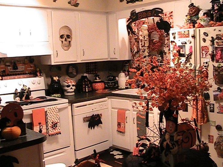kitchen - Halloween Kitchen Decor