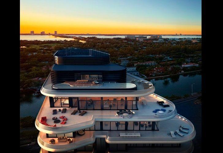 """Un ático en el complejo """"Faena House"""" recién terminado se vendió por 60 millones de dólares, un precio que marca un récord en los registros de viviendas de Miami."""