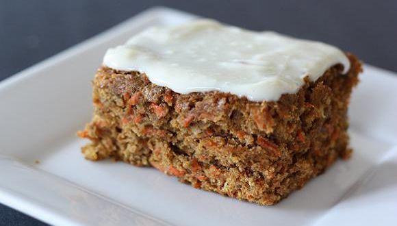 Gâteau aux carottes allégé et son glaçage au fromage « Maigrir Sans Faim