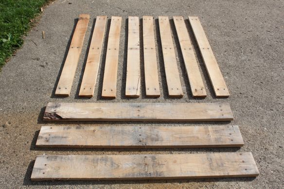 Disassembling wood pallets. For the Hubs!