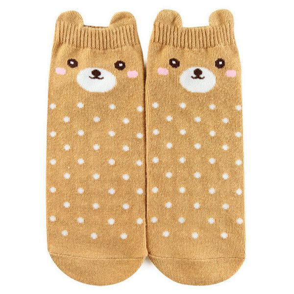 Forever 21 Polka Dot Bear Ankle Socks  Brown/multi (15 NOK) ❤ liked on Polyvore featuring intimates, hosiery, socks, ankle socks, forever 21, short socks, tennis socks and dot socks