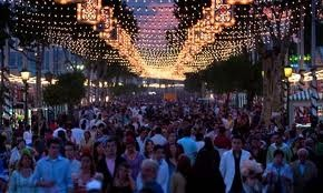 This is a photo of the main thoroughfare which leads from la Portada and takes you past the PSOE tent and Las Veinte Preguntas.