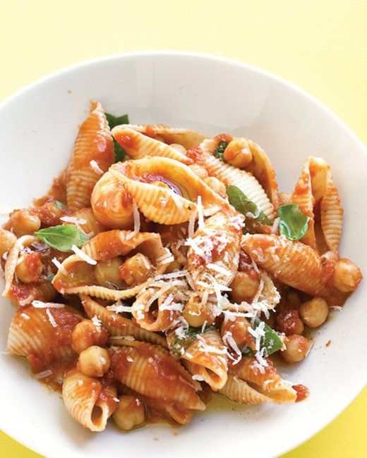 Pasta with Chickpea-Tomato Sauce minus the chicken stock, this is ...