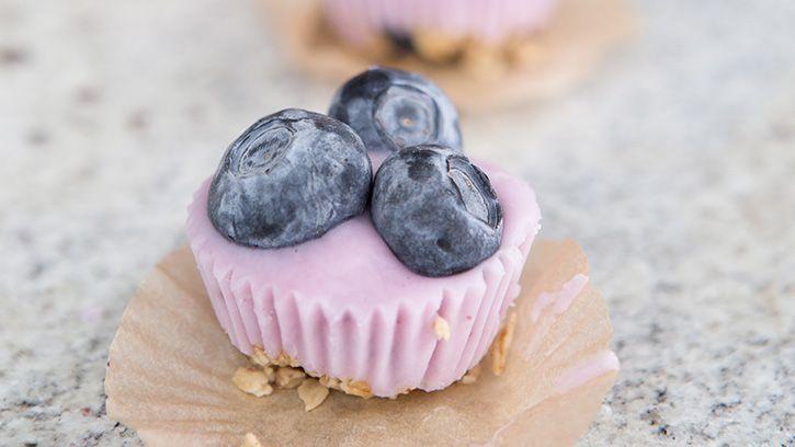a-new-way-to-do-granola-and-yogurt_hero