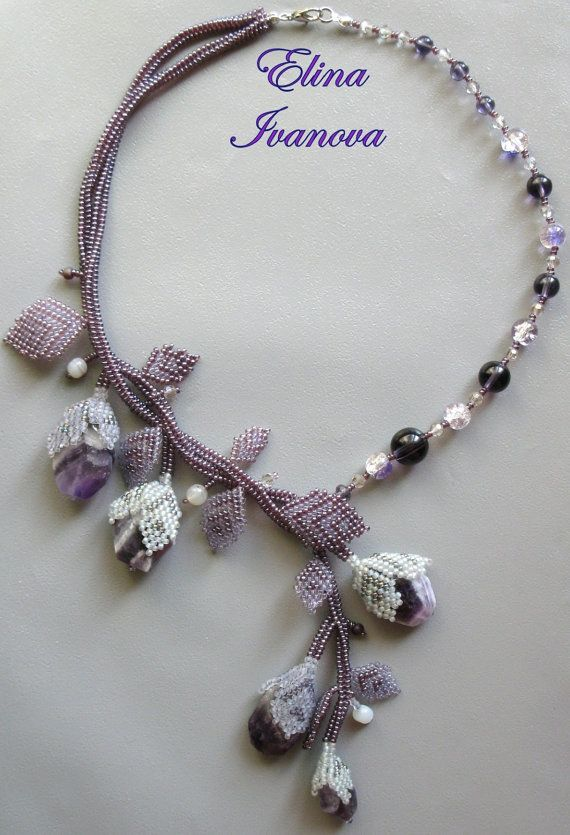 Beaded flower necklace with natural amethyst by Elinawonderland