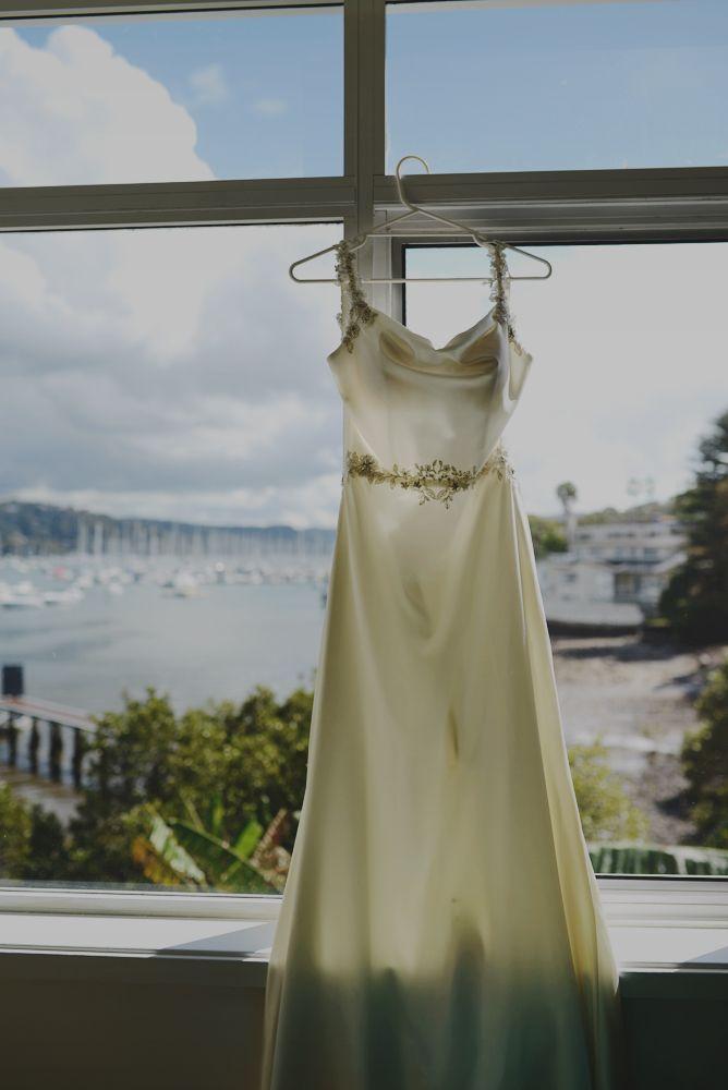Mel's dress