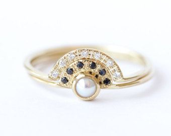 White pearl wedding ring with diamonds in 14k gold pearl by ARPELC