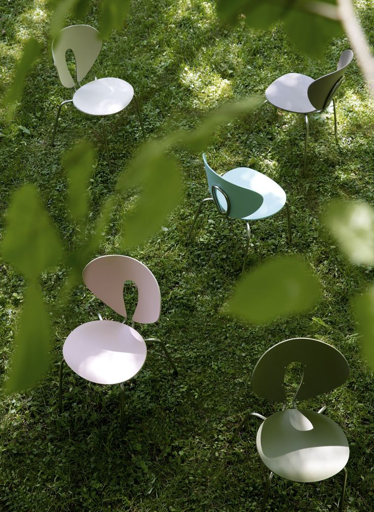 Happy Easter time!  The moment when we can start to enjoy the spring. GLOBUS: www.stua.com/design/globus