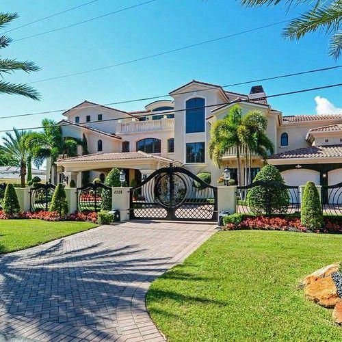 M s de 25 ideas incre bles sobre mansiones lujosas en for Mansiones lujosas modernas
