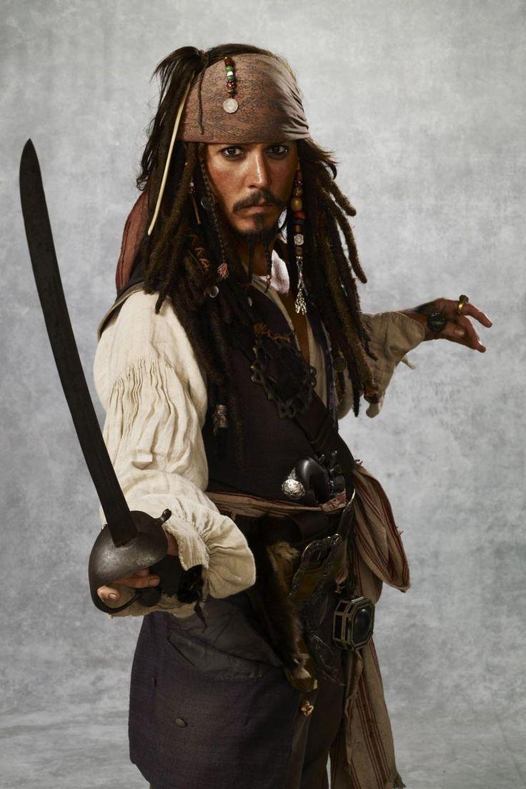 Costume Exhibition en el Victoria: Piratas del Caribe