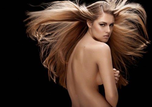 Consejos para peinar un cabello largo y voluminoso - http://www.efeblog.com/consejos-para-peinar-un-cabello-largo-y-voluminoso-10943/