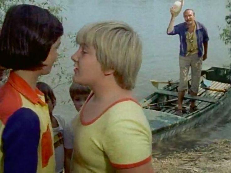 """""""Le a cipővel! Éljen a mezítláb!"""""""