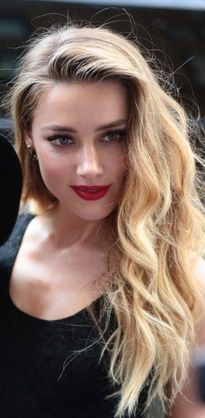 Amber Heard, un beauty look rétro et sensuel pour ses fans !                                                                                                                                                     Plus