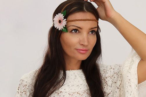 How To Make A Super Cute Hippie Flower Hairband