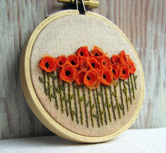 orange poppies embroidery.Flower Embroidery, Hands Embroidery, Wall Decorations, Pretty Flowers, Poppies, Handmade Gift, Embroidery Hoops, Fields, Crafts