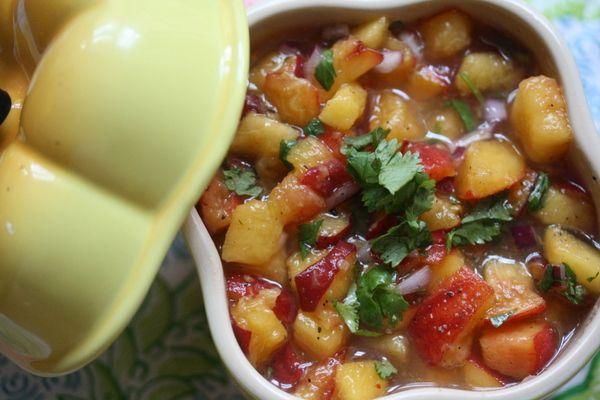 Peach SalsaPeaches Salsa, Make Ahead Fingers, Fingers Food, Blue Corn, Peaches Basil Salsa, Small Kitchens, Corn Chips, Ovens Peaches, Fruit Salsa