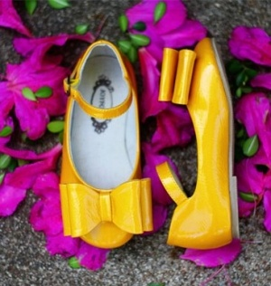 Loralie Joyfolie Shoes   You pick size Toddler 4 - Youth 5   Amber Roussel was tragically killed in a car accident on July 30, 2012, leaving behind her beloved husband, Ryan, and three cherished children: Lauren (12), Emmie (3) and Ryan (1).