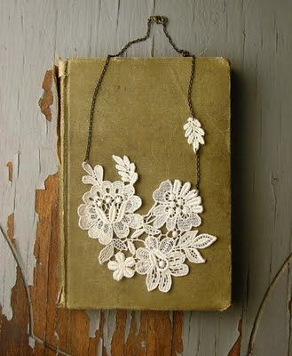 Lace necklace. Yes.: Jewelry Necklaces, Doilies Necklaces Could, Gold Necklaces, Doilies Necklacescould, Jewelry Rings, White Owl, Whiteowl, Handmade Jewelry, Lace Necklaces