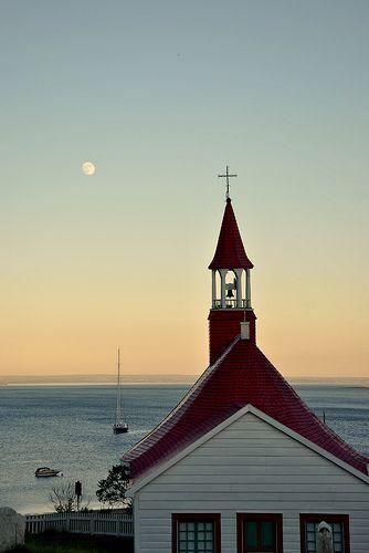 Full Moon on Tadoussac / Tadoussac / Quebec / Canada