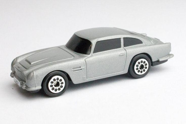 James Bond 007 - Aston Martin DB5 (Goldfinger) – Modelmatic