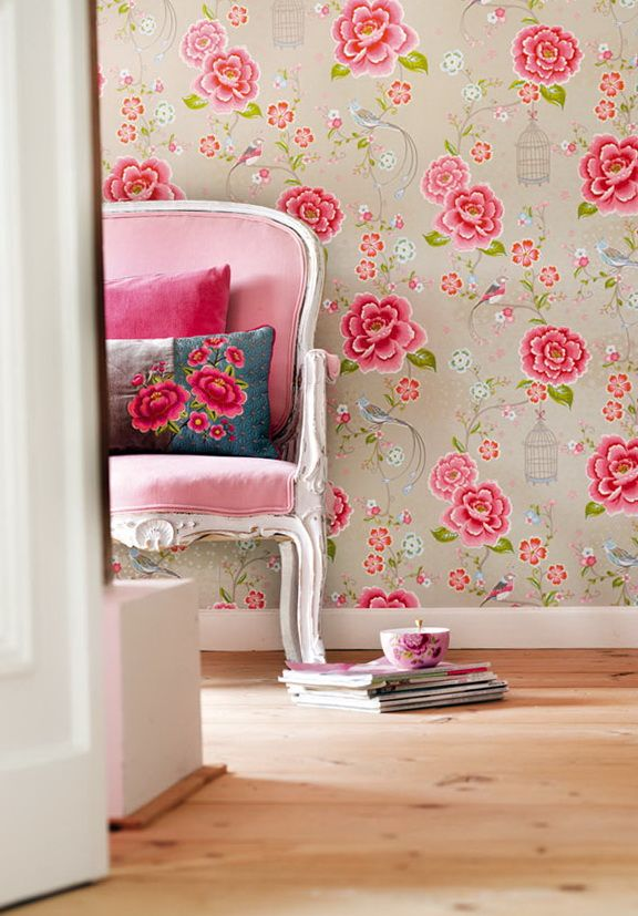 pink flowers The Vibrant Wallpaper With Large Flowers In Interior architecture