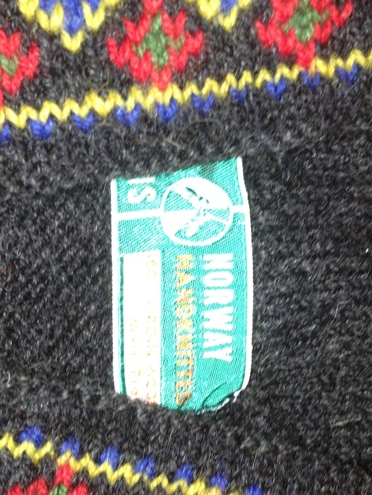 #label From #Norway a typical knitted multicoloured #rainproof jumper from original #Icelandic #lopi