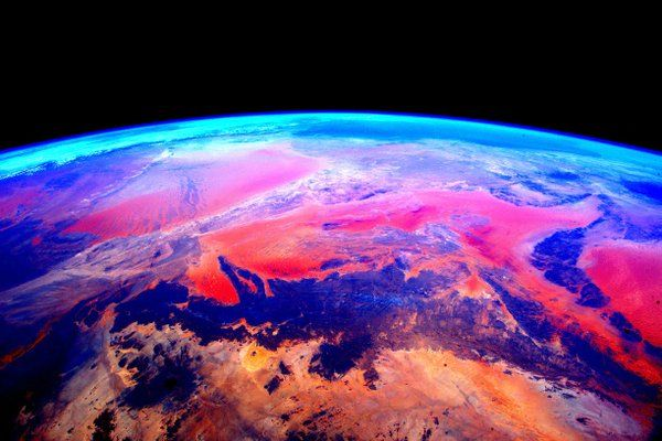 Astronaut Scott Kelly's 'A Year in Space' – Amazing images from his spacecraft | Metro News