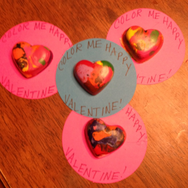 The kids Valentines. Melted crayons in heart shaped muffin pan.: Kids Valentines, Melted Crayons, Crayon Hearts, Muffin Pans, Shaped Muffin