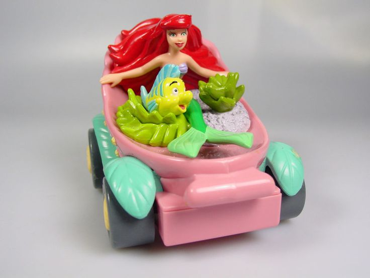 Disney Little Mermaid cake topper Ariel Flounder clam shell car pull back toy