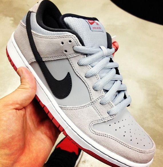 Nike SB Dunk Low Grey Black Red